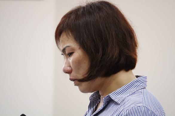 Không có bằng lái, nữ tài xế BMW nhận án phạt 3 năm 6 tháng tù