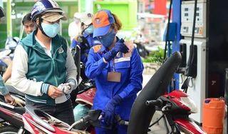 Giá xăng dầu giảm mạnh từ 15h chiều nay (17/6)