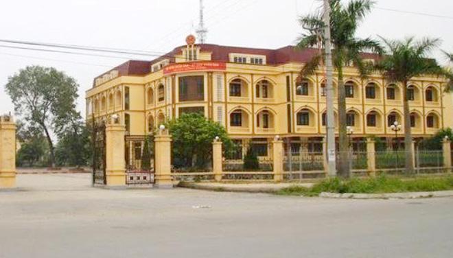 Thái Bình: Tiến hành lấy mô nội tạng của cán bộ UBND huyện chết ở trụ sở
