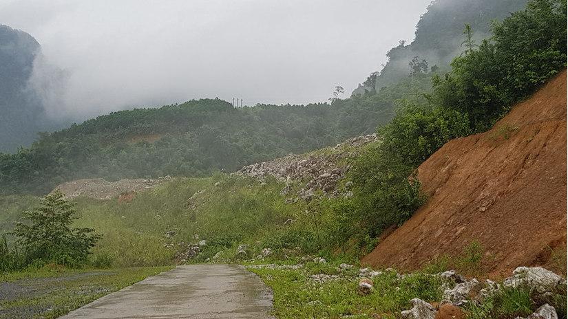 Doanh nghiệp đào vàng hủy hoại rừng đặc dụng ở Thái Nguyên: Có sự bao che?