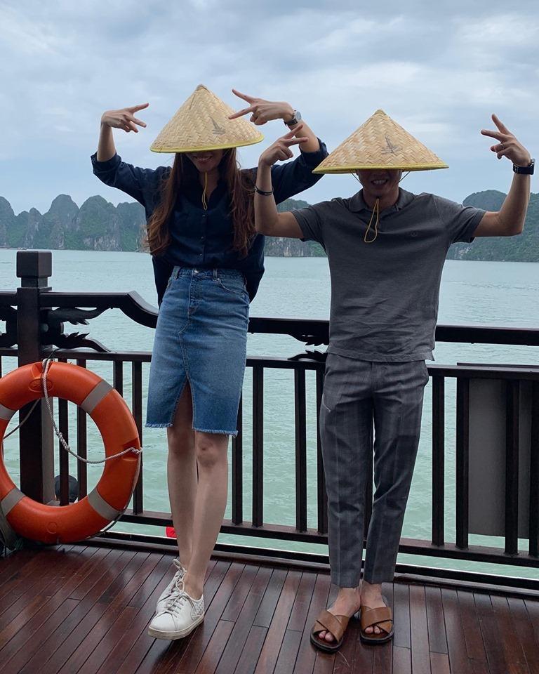 Cường Đô la và Đàm Thu Trang khoe ảnh tình bể tình