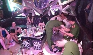 Hưng Yên: Phát hiện gần 100 'dân chơi' phê ma túy, bay lắc điên cuồng tại quán karaoke