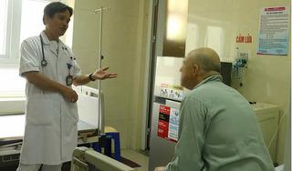 Bệnh nhân người Mỹ bị cơn đau sỏi thận nguy kịch được cứu sống kỳ diệu