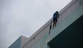 Thái Bình: Chồng bất ngờ nhảy từ tầng 3 tự tử trong đám tang vợ