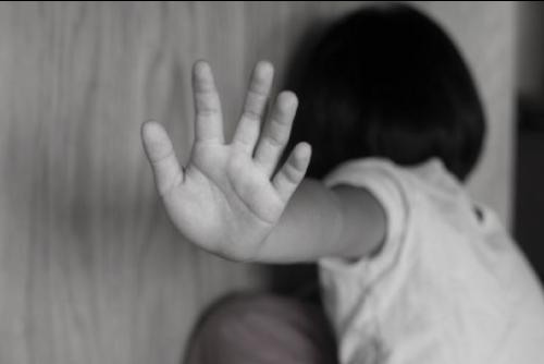 Thái Bình: Nghi vấn thiếu nữ bị xâm hại khi truyền nước