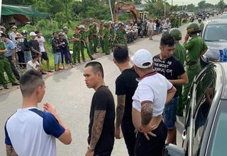 Đình chỉ công tác 2 trung tá công an liên quan vụ giang hồ vây xe ở Đồng Nai