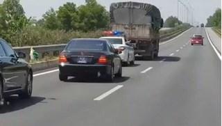 Không nhường đường cho đoàn xe ưu tiên, tài xế xe tải bị phạt 2,5 triệu đồng