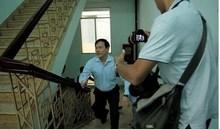Vì sao tòa trả hồ sơ vụ Nguyễn Hữu Linh sàm sỡ bé gái trong thang máy?