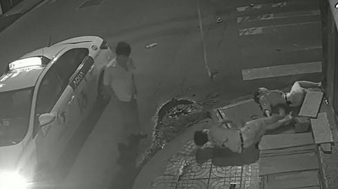 Lộ danh tính tài xế taxi va chạm rồi bỏ mặc đôi nam nữ thương vong ở TP.HCM