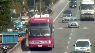 Tài xế cho xe biển Lào đi lùi ở đường vành đai 3 trên cao bị phạt bao nhiêu?