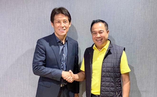 HLV Akira Nishino dẫn dắt cùng lúc cả U23 và tuyển quốc Thái Lan