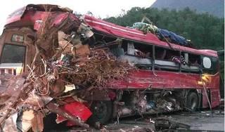 Vụ tai nạn thảm khốc ở Hòa Bình: Phạt chủ xe khách 13 triệu đồng