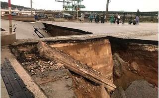 Hiện trường hố sụt giữa đường làm 2 vợ chồng tử vong ở Thanh Hóa