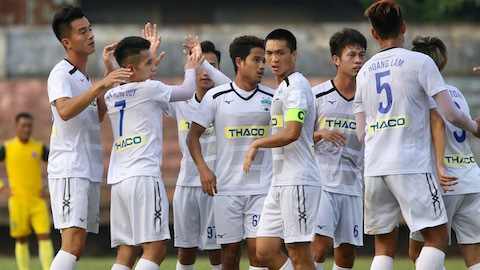 CLB HAGL thua cay đắng trước CLB Quảng Nam 1-2 ở vòng 14 V.League