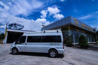 Nở rộ xu hướng xe limousine: Ford Transit Limousine chiếm lĩnh thị trường