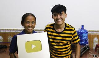 Mới nổi tiếng, bà Tân Vlog vẫn từ chối nhiều lời mời quảng cáo?