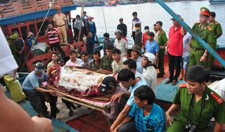 Dây tời đứt văng vào đầu, một ngư dân ở Nghệ An tử vong thương tâm