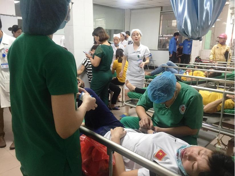 Nghệ An: Các nạn nhân vụ lật xe trên cầu Yên Xuân giờ ra sao 1