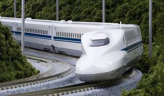 Vì sao hai phương án đường sắt cao tốc Bắc-Nam vênh nhau 32 tỷ USD?