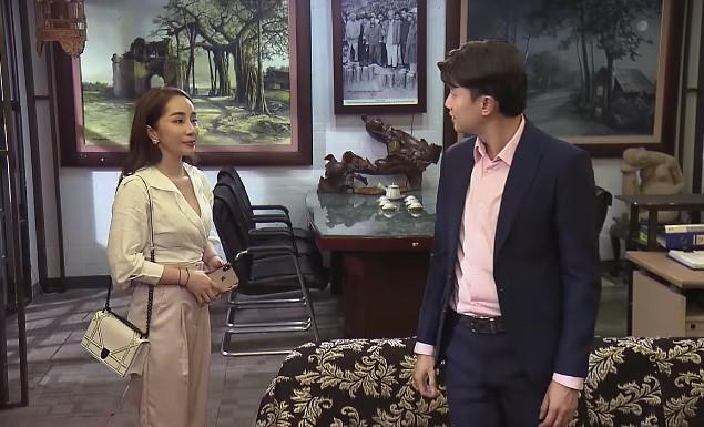 Về nhà đi con tập 63 trên kênh VTV1: Nhã lộ bộ mặt tiểu tam, chủ động mời Vũ đi ăn