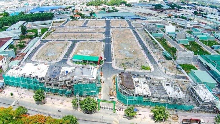 Những dự án có tiến độ thi công tốt, hạ tầng dần hoàn thiện như  Lộc Phát Residence thu hút lượng lớn khách hàng và nhà đầu tư.