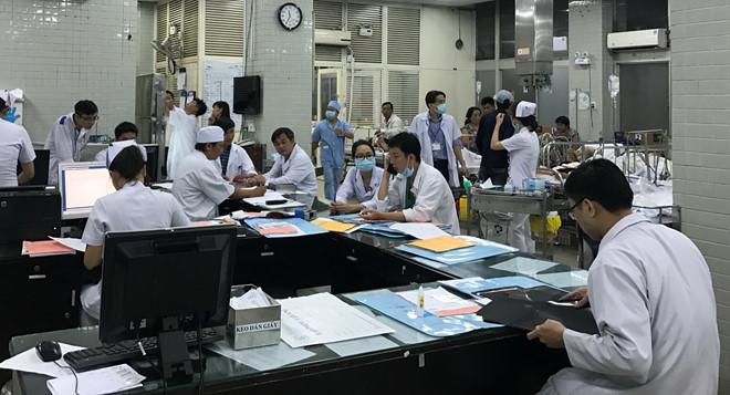 Bệnh nhân tử vong sau 4h cấp cứu, bệnh viện Chợ Rẫy xin lỗi vì bác sĩ thiếu kinh nghiệm 2