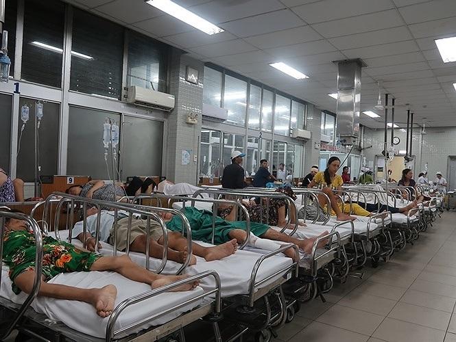 Bệnh nhân tử vong sau 4h cấp cứu, bệnh viện Chợ Rẫy xin lỗi vì bác sĩ thiếu kinh nghiệm