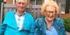 Cụ ông 100 tuổi kết hôn với cụ bà 103 tuổi sau 2 năm hẹn hò