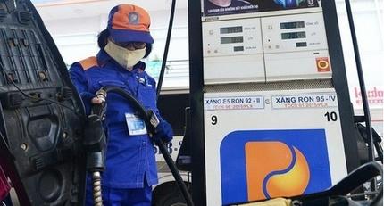 Giá xăng tăng từ chiều nay, vượt trên 21 ngàn đồng