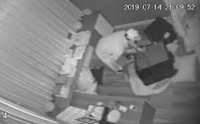 Clip trộm đột nhập vào nhà Nhật Kim Anh cuỗm 5 tỷ