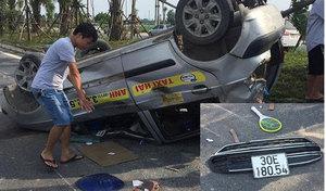 Gây tai nạn khiến 2 ô tô bị lật, Ford EcoSport trốn khỏi hiện trường