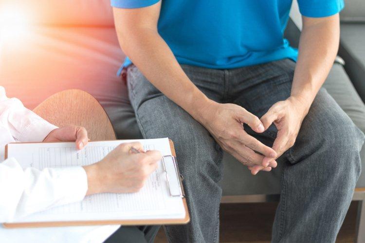 Bác sĩ cảnh báo bệnh lý thận tiết niệu ở nam giới có thể gây vô sinh 3