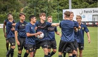 CĐV Bỉ sốc khi fan Công Phượng 'đại náo' fanpage Sint-Truiden