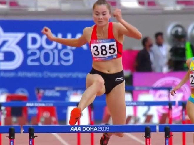 Quách Thị Lan nhận huy chương vàng Asiad sau một năm thi đấu
