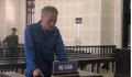 Thua bạc, gã đàn ông ngoại quốc dí dao vào cổ tài xế taxi cướp tài sản