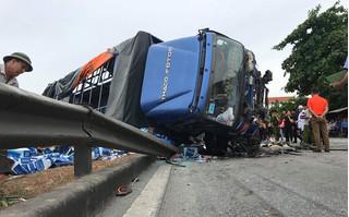 Trung tá CSGT phân tích nguyên nhân khiến xe tải lật đè chết 5 người ở Hải Dương