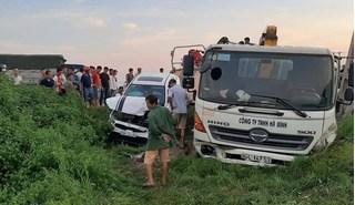 Nguyên nhân vụ tai nạn liên hoàn khiến 3 ô tô cùng lao xuống ruộng ở Bắc Giang