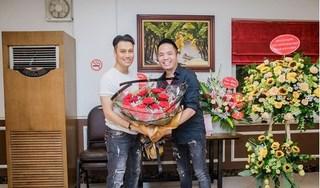 Dân mạng bất ngờ với gương mặt khác lạ của Việt Anh