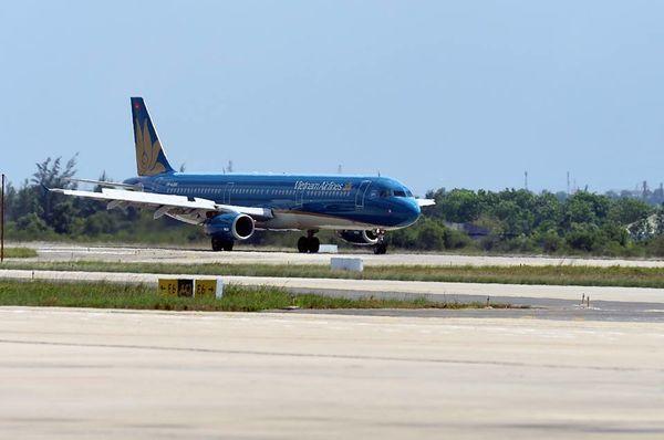 Hàng loạt chuyến bay tới Hải Phòng, Quảng Ninh bị huỷ do bão số 3