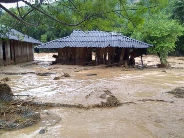 Số người mất liên lạc tại Quan Sơn, Thanh Hóa lên tới 16 người2