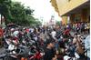 Giá vé trận Nam Định - HAGL bị 'chợ đen' đẩy lên mức kỷ lục
