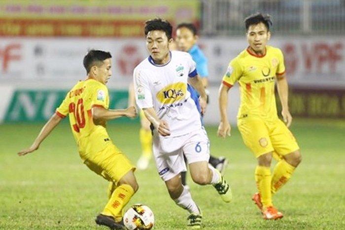 CLB HAGL có trận thua đáng tiếc trước Nam Định ở vòng 19
