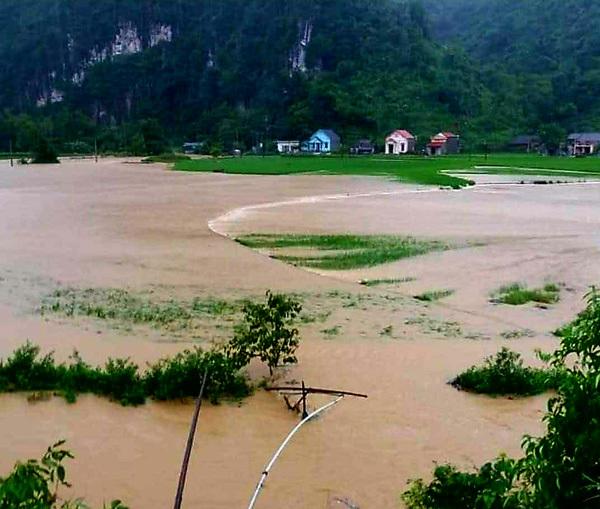 Lạng Sơn: Mưa lớn gây ngập cầu, nhiều thôn bản bị cô lập3
