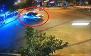Tài xế xe Mercedes 'làm xiếc' giữa phố lãnh án phạt gần 42 triệu