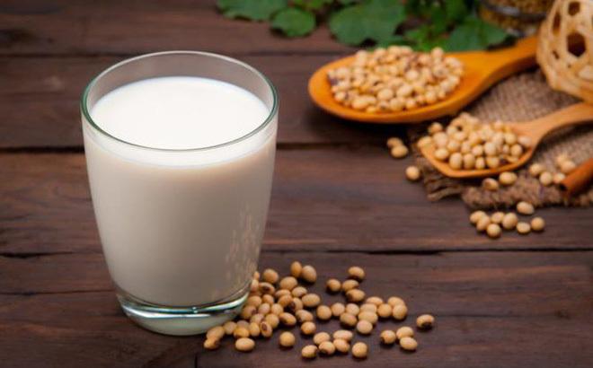 Uống sữa đậu cả năm trời, người phụ nữ phải mang khối u xơ tử cung khổng lồ 2