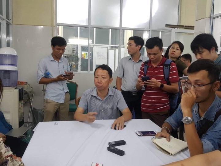Bé trai 6 tuổi tử vong trên xe đưa đón học sinh ở Hà Nội