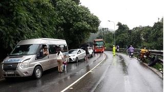 Đèo Bảo Lộc thông xe sau gần 1 ngày ách tắc nghiêm trọng