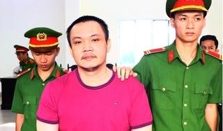 Thuê ô tô tự lái, cầm cố lấy hơn 4 tỷ đồng sang Campuchia đánh bạc