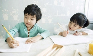 Bố mẹ có con vào lớp 1 nên tránh những điều nhầm lẫn này khi dạy con