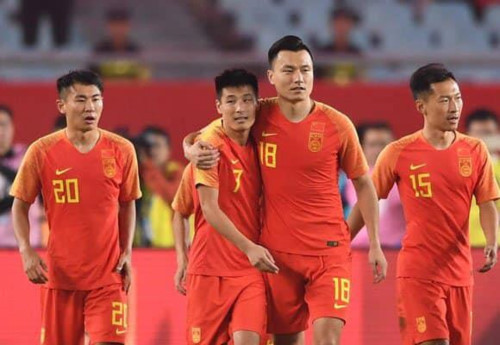 Báo chí Trung Quốc phản đối đội nhà sử dụng cầu thủ Brazil ở vòng loại World Cup